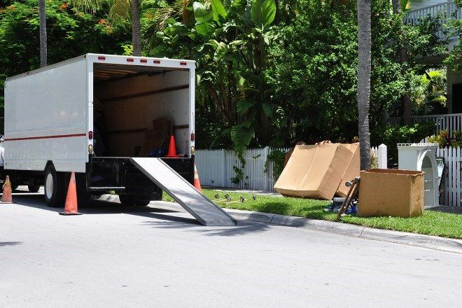 moving van with ramp
