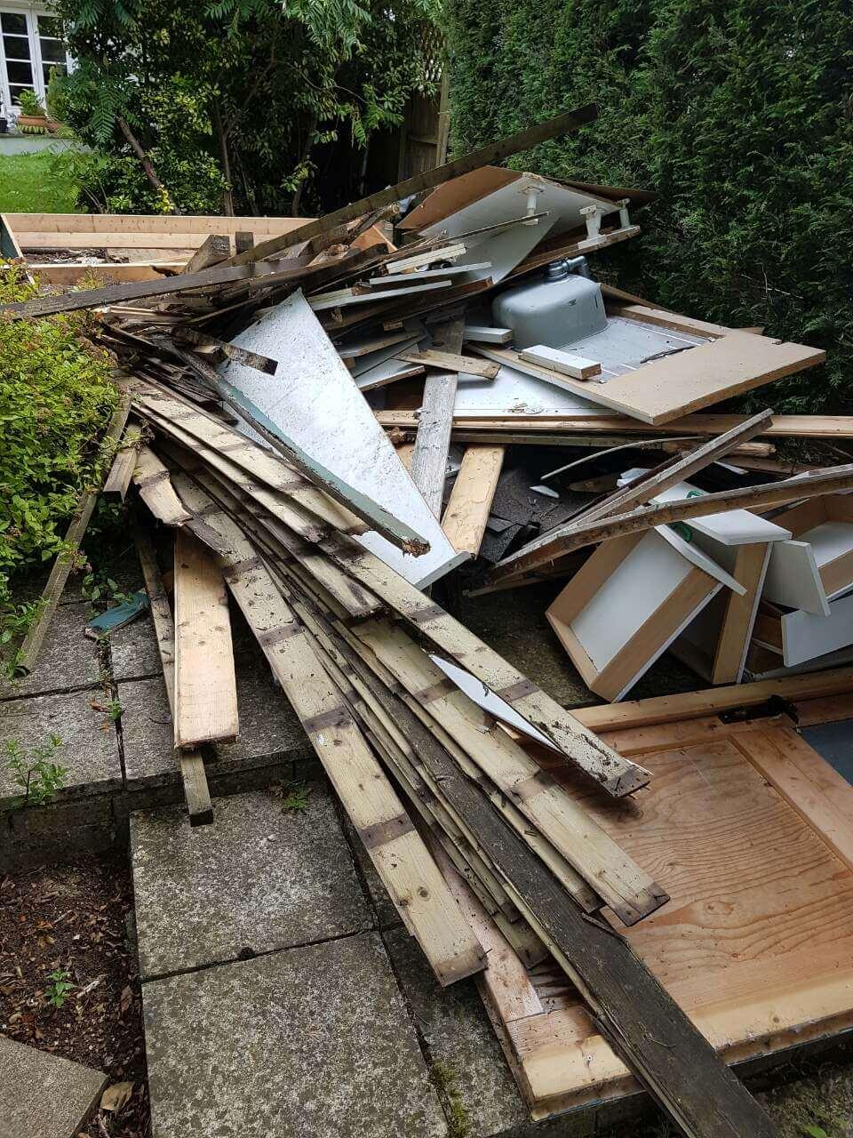 CR9 Home Waste Collection Service Croydon